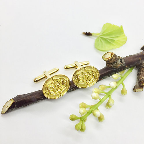 """Manschettenknöpfe """"gespiegeltes Ornament"""" in 750er Gelbgold"""