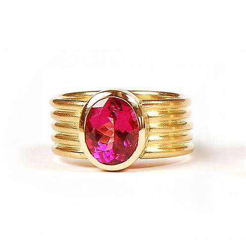 Ring in 750er Gelbgold mit Turmalin, in RW 55
