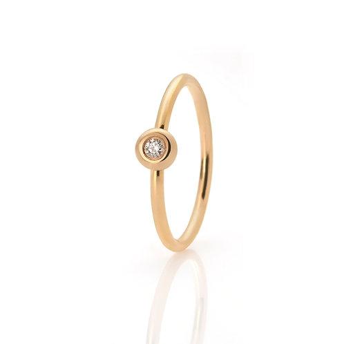 Ring in 585er Gelbgold mit Brillant, in RW 52,5