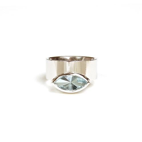 Ring mit Aquamarin in 760er Weißgold/ rhodiniert