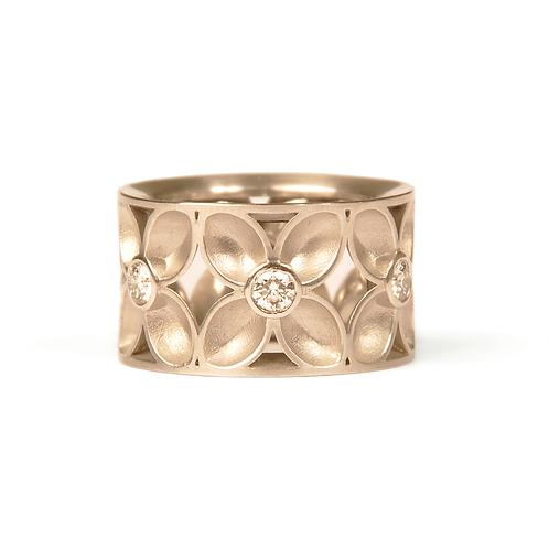 """Ring in 760/- Weißgold / rhodiniert """"Vierpass"""""""