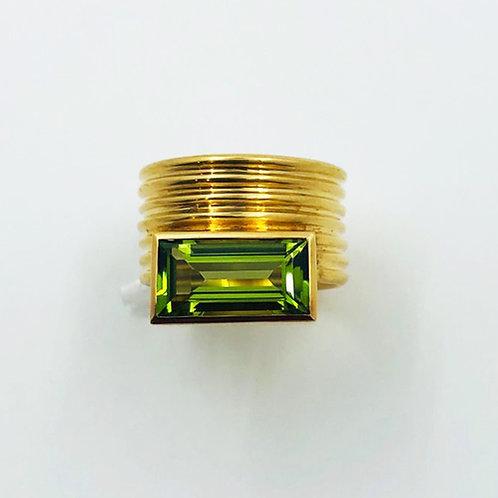 Ring in 750er Gelbgold mit Peridot, RW 54