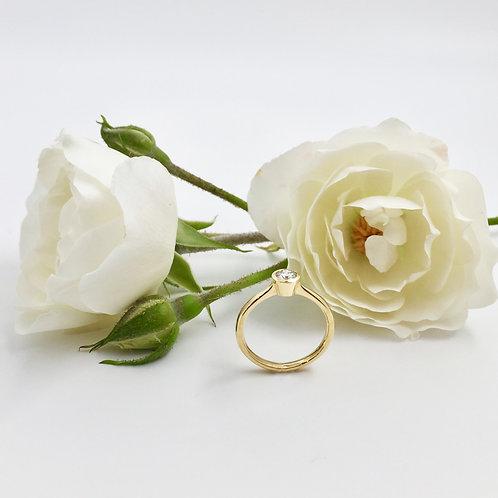 Verlobungsring in 750er Gelbgold mit Brillant, RW 52,5