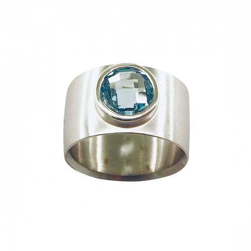 Ring in 935/- Silber/ rhodiniert mit Blautopas, RW 55