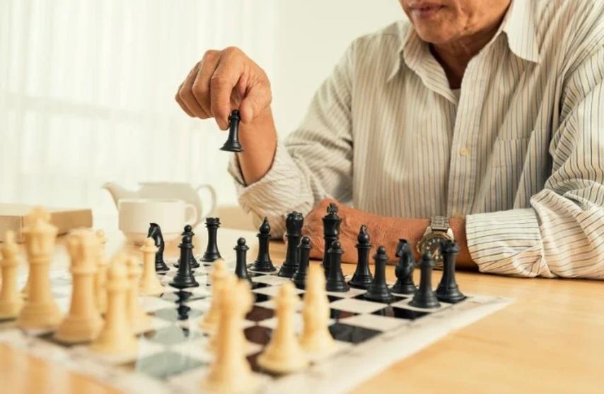 activities-for-elderly-people.webp