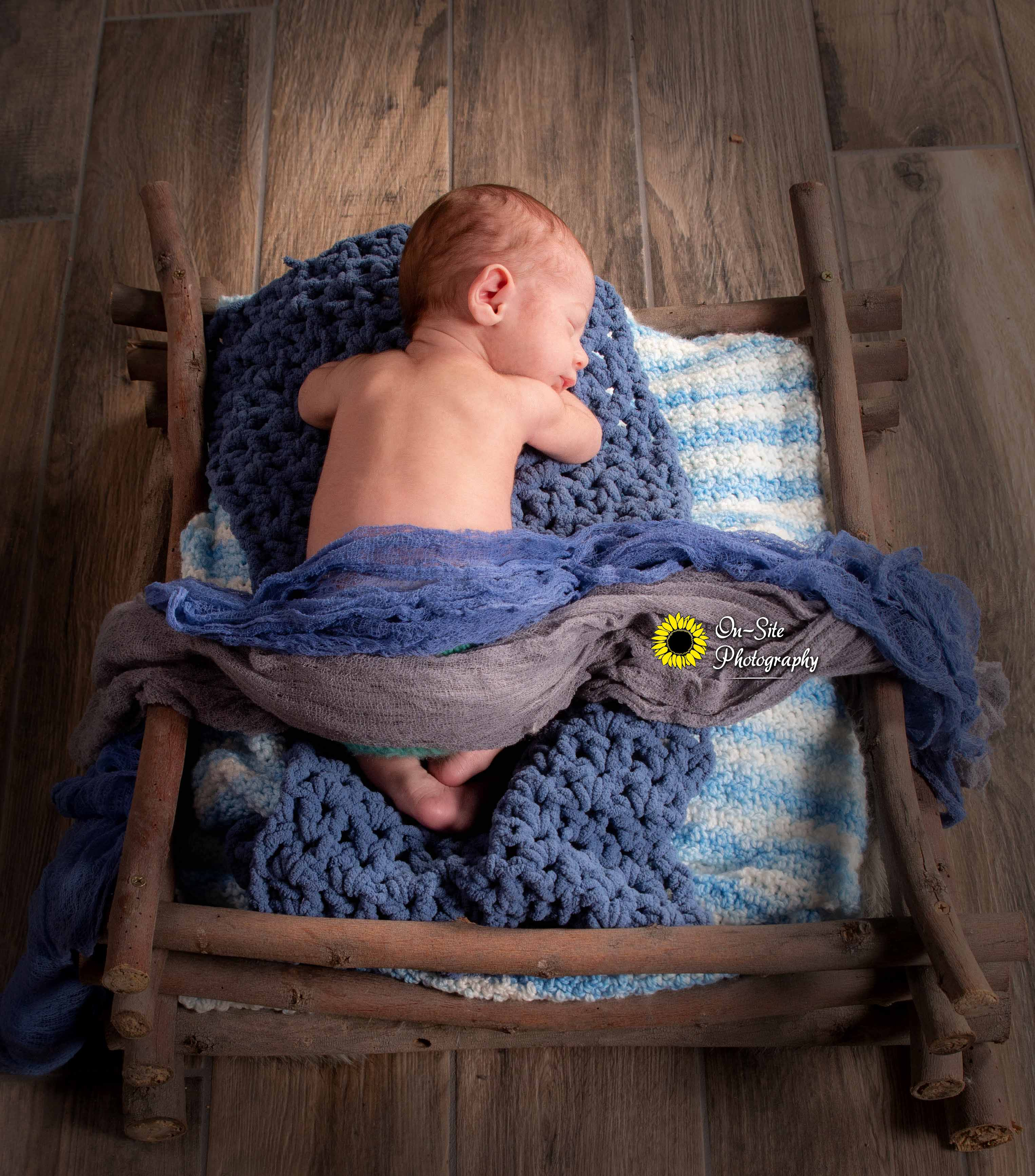 newborn baby boy photo session photoshoo