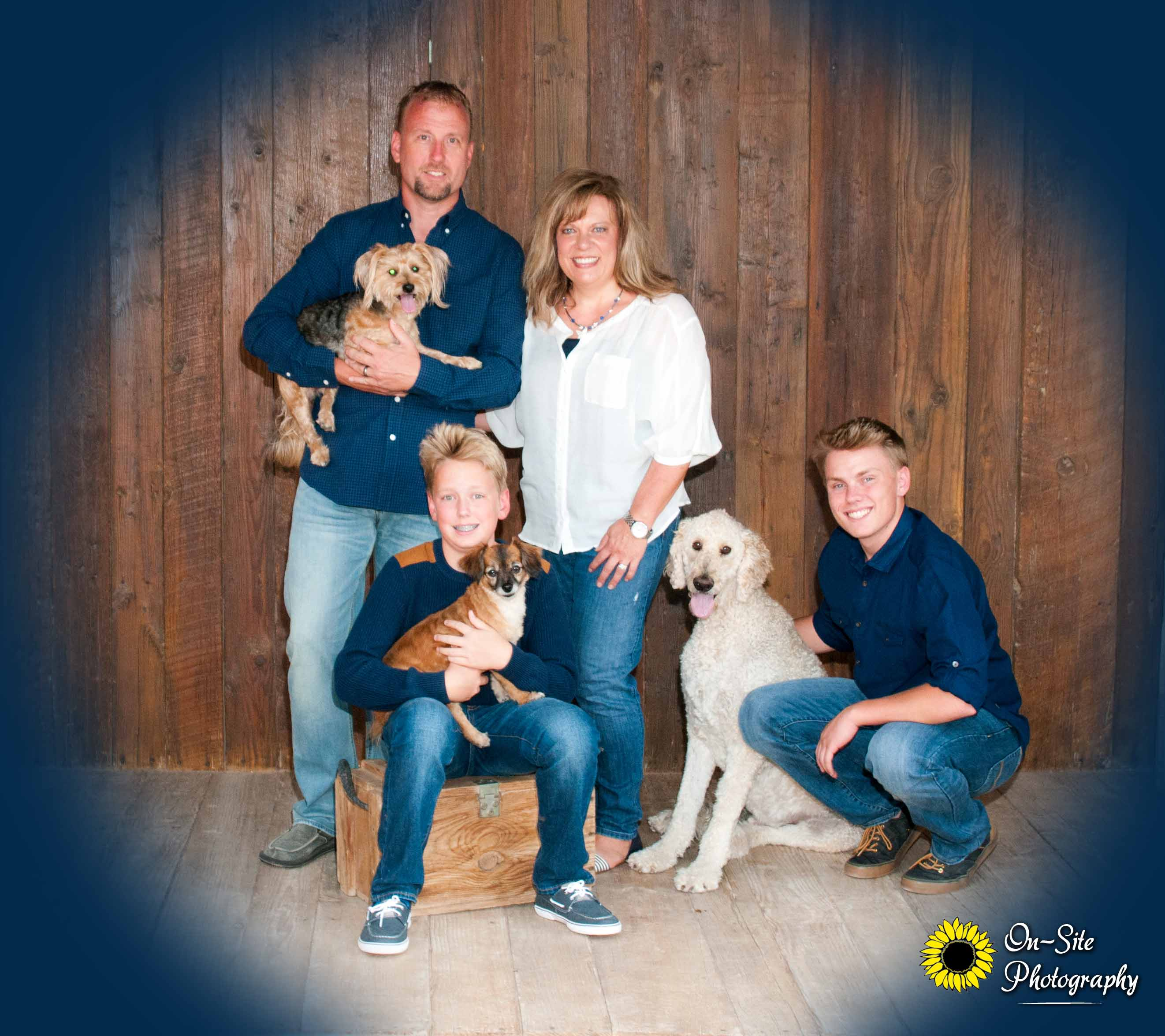 family photos, pet friendly studio, buckeye photographer, family portraits