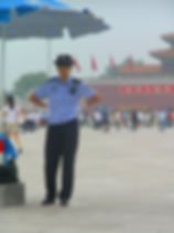 Chinese_police_at_Gate_of_Heavenly_Peace