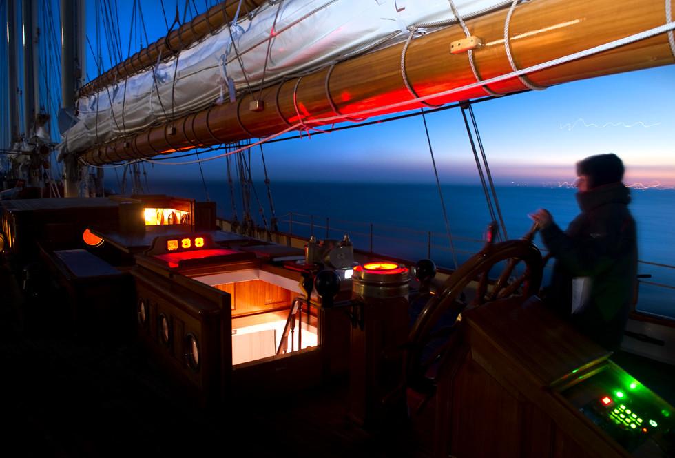 Brasker booms night sailing