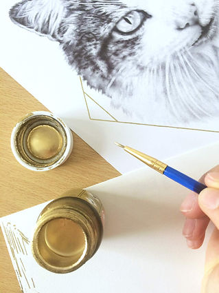 gold paint art, pet portrait, biro drawing, photorealistic, hyperrealistic, cat art