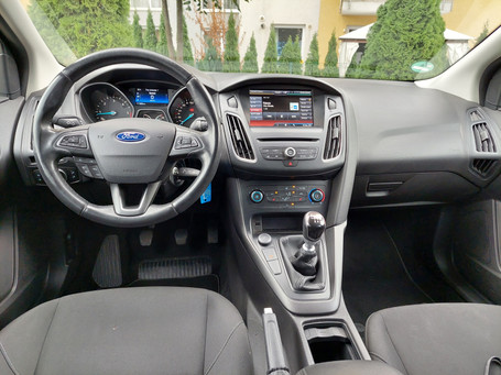 Ford Focus de Inchiriat Brasov