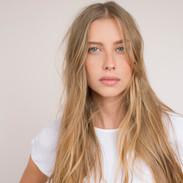 Vrouw van de blonde