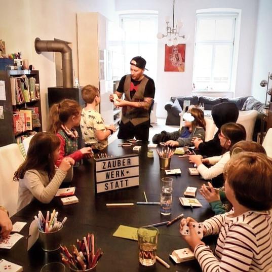 Zauberworkshop Kinder.jpg