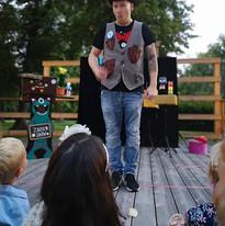 Kinderzaubershow, Zaubershow für Kinder.