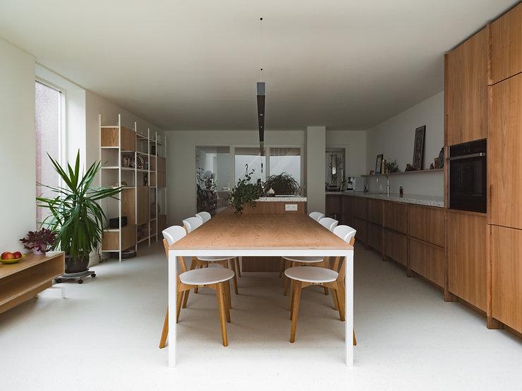 Kevin Veenhuizen Architects / vlinderdak aanbouw Amsterdam / keukeneiland op maat