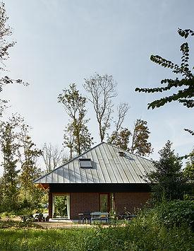 Kevin Veenhuizen Architects / Bosvilla Sancta Maria Noordwijk zelfbouw