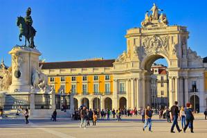 Lisbon_-26.jpeg