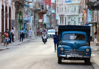 Havana Vieja - Historic district known for its narrow, colorful streets, baroque architecture & bayfront fortress.