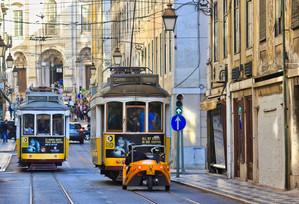 Lisbon_-40.jpeg