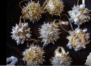 12 Days of Beaded Christmas - Day 9