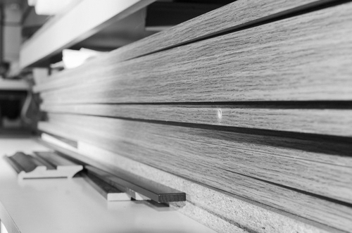 Wood pile cut to length