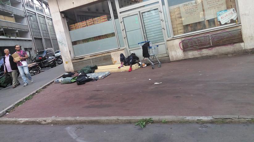 Migrant in Paris