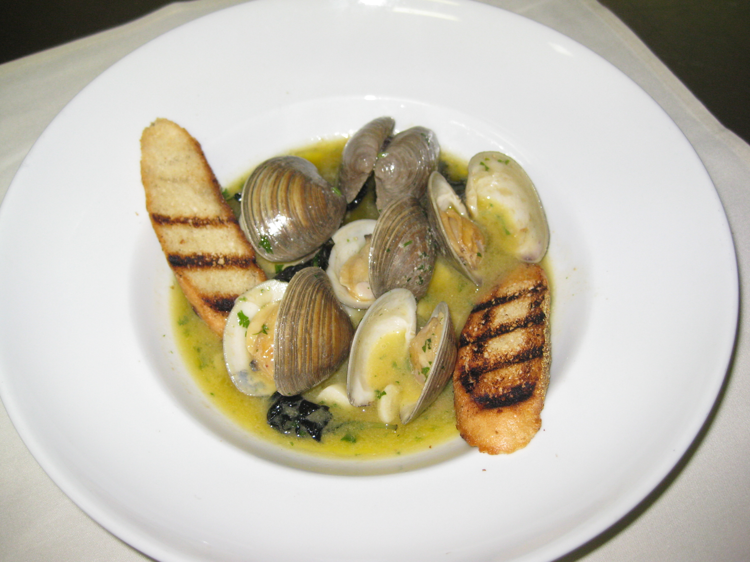 Clams Posillipo