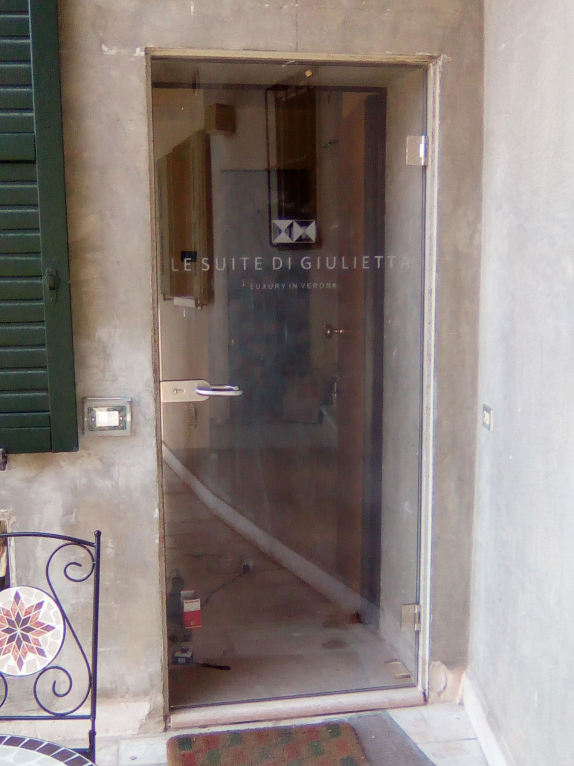 Porta_battente_suite_giulietta