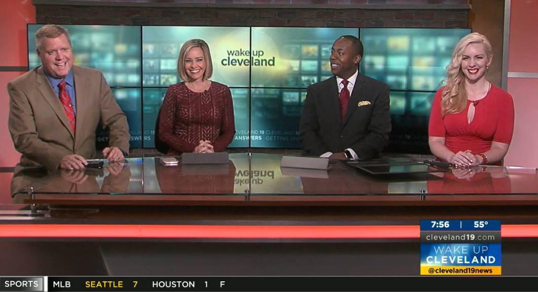 Julie Holiday Cleveland 19 News WOIO Wake Up Cleveland Traffic Reporter
