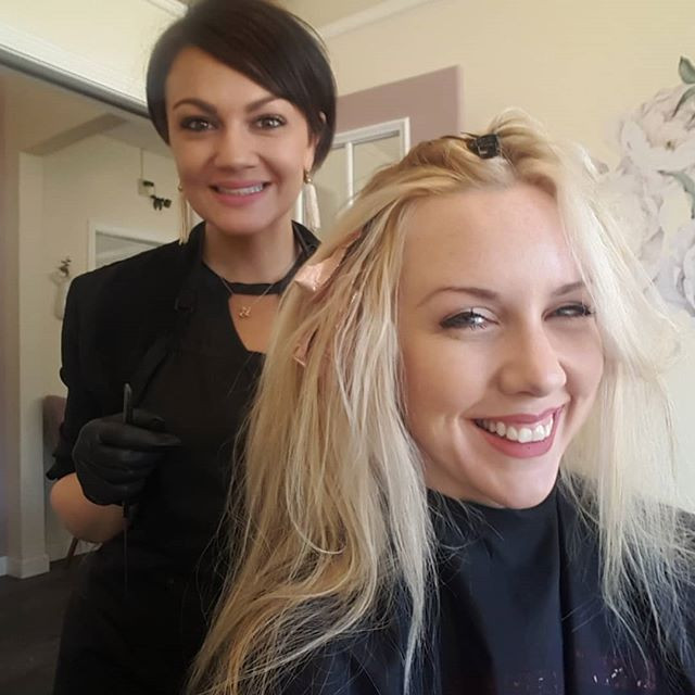 Katie a Local Entrepreneur gave great business advice all while addin lowlights highlights and a hair cut in Akron's Merriman Valley