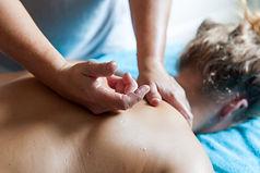 Tuina massage Gun Fa techniek.jpg