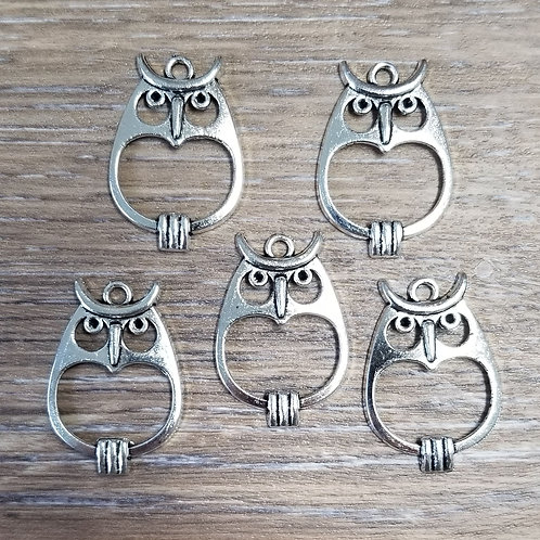 Hollow Owl Charms (5)