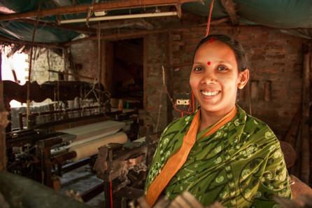 Champa Debnath (gauge bandage weaver), B