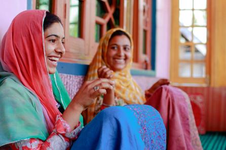 Kowser and Arshida Ahmad (1).jpg