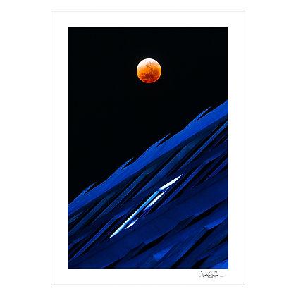 Blood Moon Rising | Ian Santos