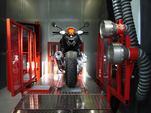 Motorrad-Prüfstand_3.png