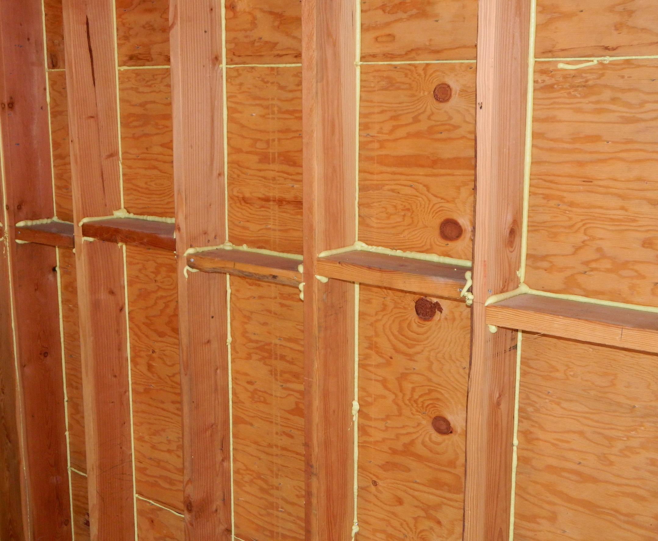Sealed seams prior to insulation