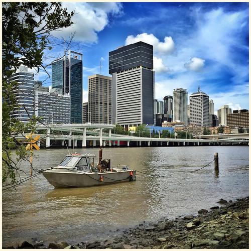 iphone brisbane river city.jpg