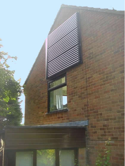 solar-water-heating-wall-mounted