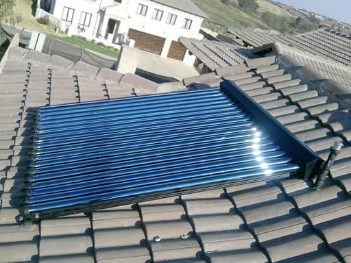 vacuum tube or evacuated tube solar water heating