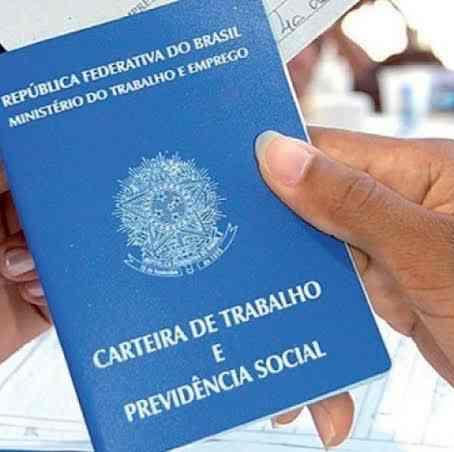 Semana começa com 53 vagas de emprego abertas em Pouso Alegre