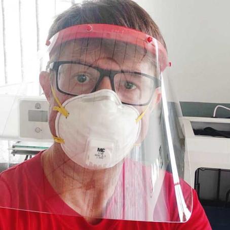 Voluntário: professor de PA transforma equipamento de mergulho em respirador contra covid-19