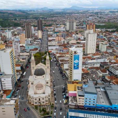 Demissões desaceleram, mas Pouso Alegre fecha mais 382 postos de trabalho em maio