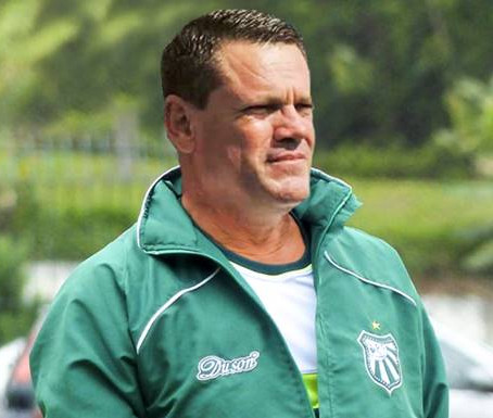 Adilson Roque é o novo treinador do Pousão
