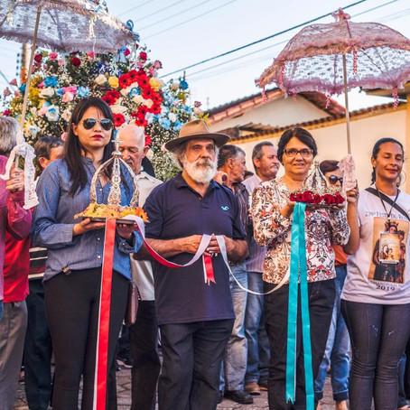 Com pagadores de promessa, Festa do Rosário se mantém viva há 239 anos