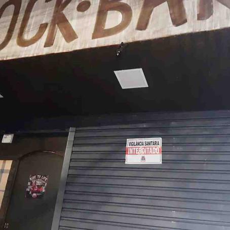 Vigilância interdita bares que ultrapassaram horário de funcionamento em Pouso Alegre