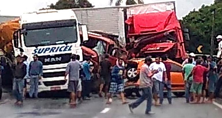 Série de acidentes na Fernão Dias