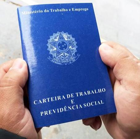 Semana começa com 76 vagas abertas em Pouso Alegre