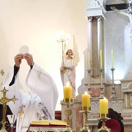 Catedral retoma missas com presença de fiéis nesta terça