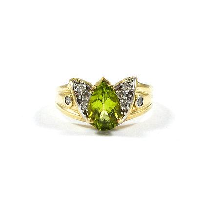 9ct Yellow Diamonds (0.03) Peridot